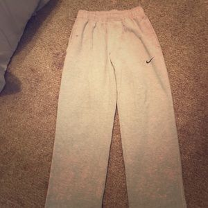 Men's Gray Nike sweatpants